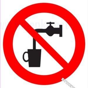 Znaki prepovedi Voda ni pitna
